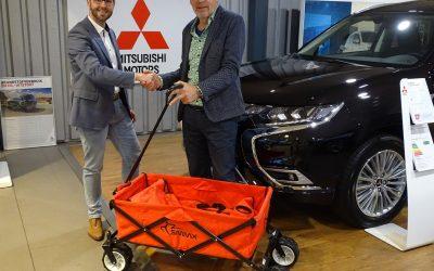 Autobedrijf Van Zessen doneert opruimkar!